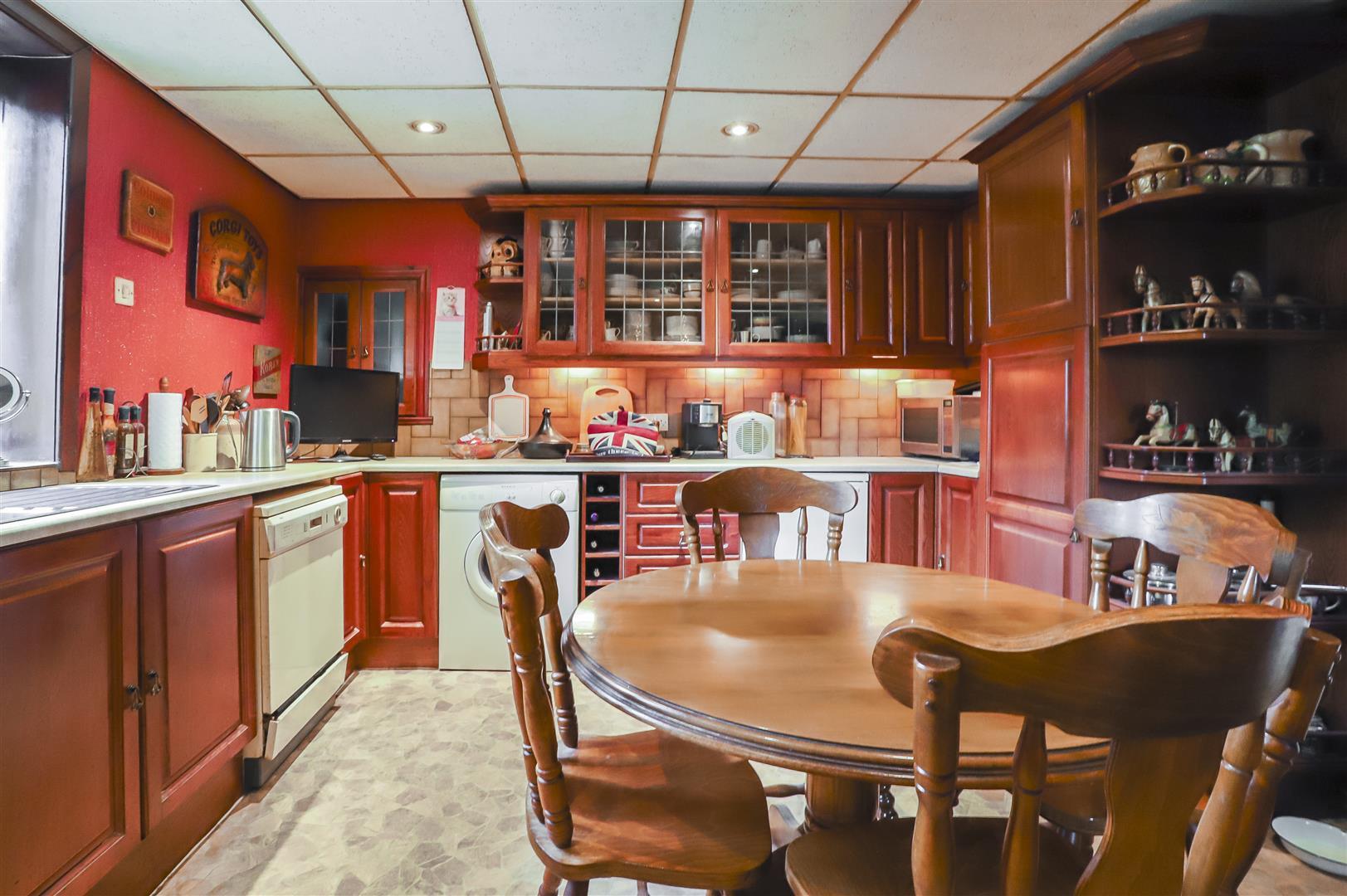 5 Bedroom Detached House For Sale - Image 31